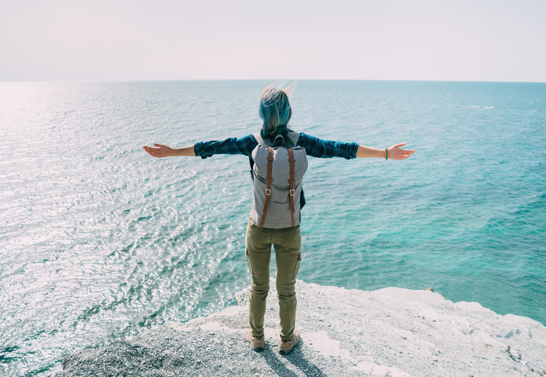 Ventajas viajar solo a Ibiza