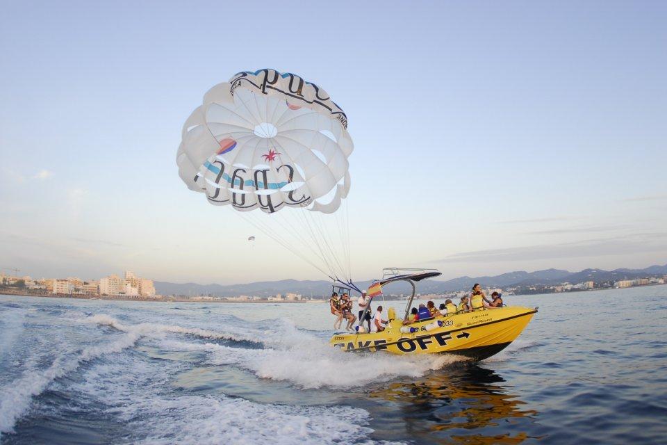 Parasailing Ibiza